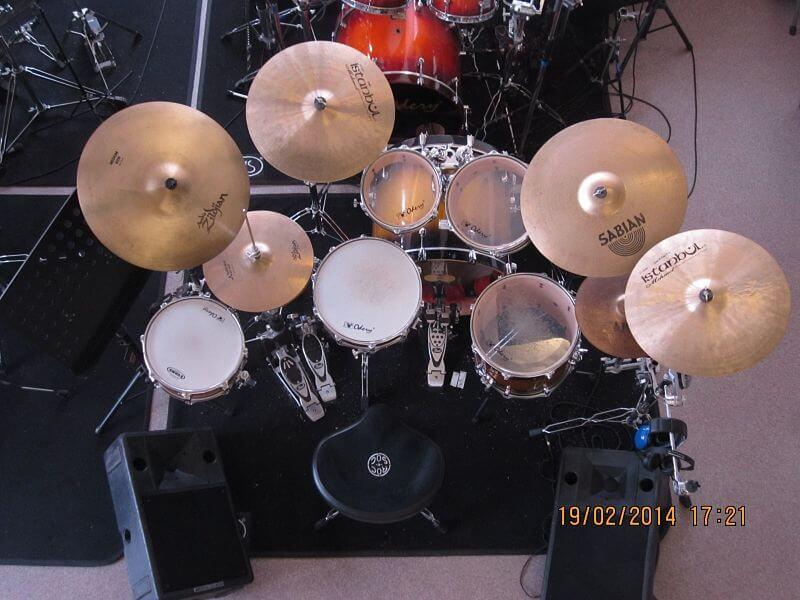 Drumles Rock drumkit student top