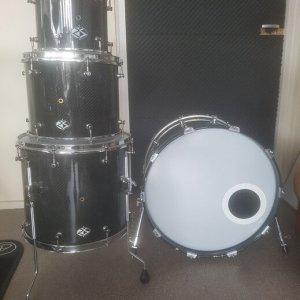 For sale rare Rocket Shells USA Custom carbon drumkit 02