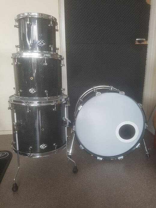 For sale rare Rocket Shells USA Custom carbon drumkit 02
