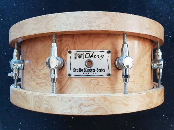 Foto van Skillz Drum Academy biedt aan Odery Studio Masters Woodhoop snare 14 x 5 embleem