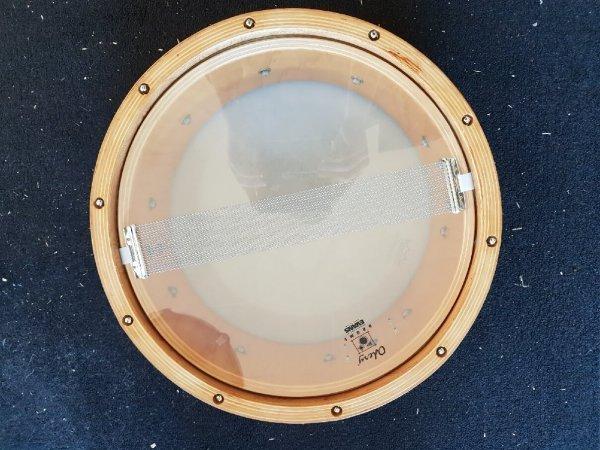 Foto van Skillz Drum Academy biedt aan Odery Studio Masters Woodhoop snare 14 x 5 onderzijde