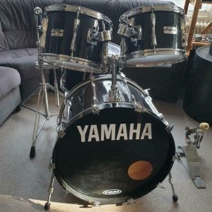Yamaha Pre Recording Custom YD-9222WT in Jet Black 01