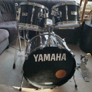 Yamaha Pre Recording Custom YD-9222WT in Jet Black 01