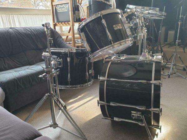 Yamaha Pre Recording Custom YD-9222WT in Jet Black 02