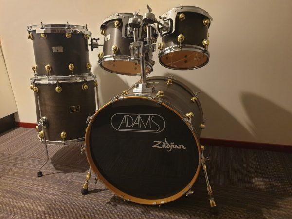 Adams 8000 shell set 22, 10, 12, 14, 16 foto 2 bij Skillz Drum Academy
